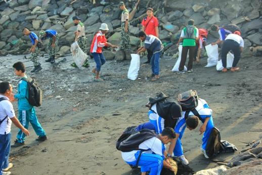Hari Nusantara Dan Bersih – Bersih Pantai